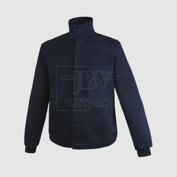 Cazadora azul marino con bolsillos