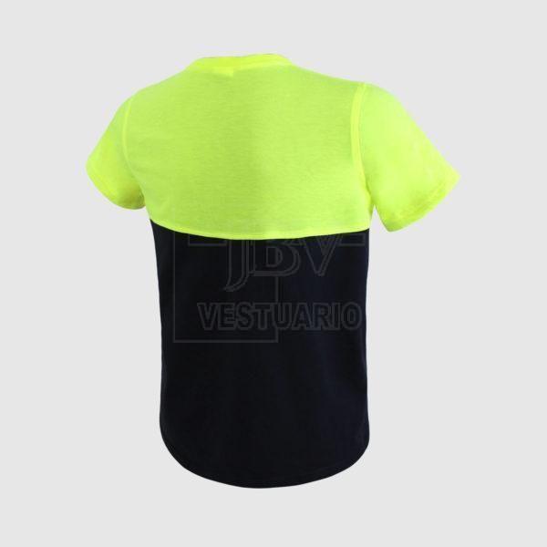 Camiseta fluor y negra espalda